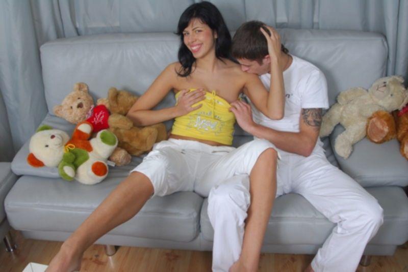 Кремпай с молоденькой после домашнего секса